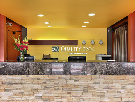 quality-inn-university-albuquerque-lobby