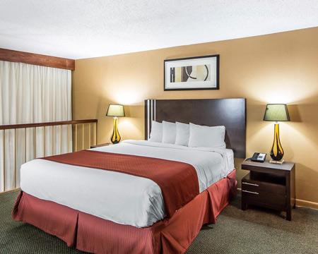 quality-inn-stilwater-room