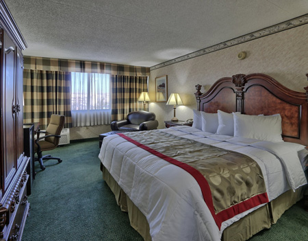 ramada plaza2-room